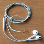 Донорские наушники EarPods без джека.